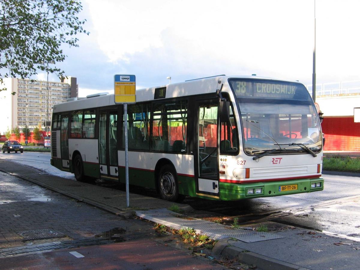 827-4 DAF-Den Oudsten -a