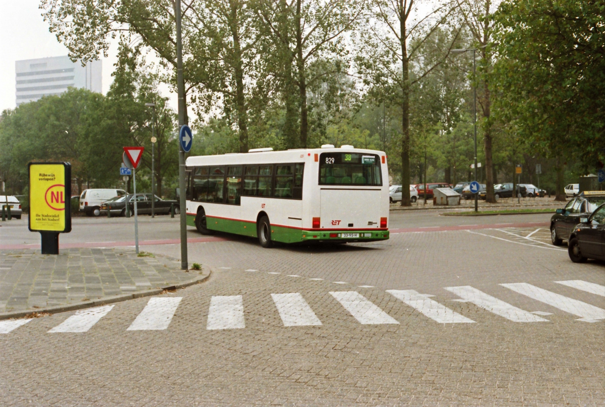 829-11 DAF-Den Oudsten -a