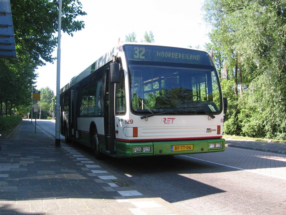 829-7 DAF-Den Oudsten -a