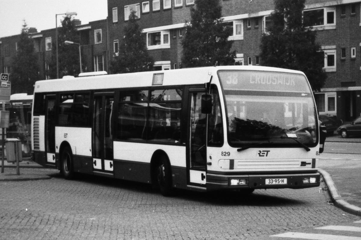 829-8 DAF-Den Oudsten -a