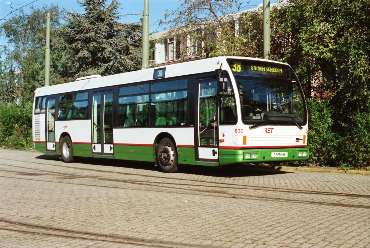 830-8 DAF-Den Oudsten -a