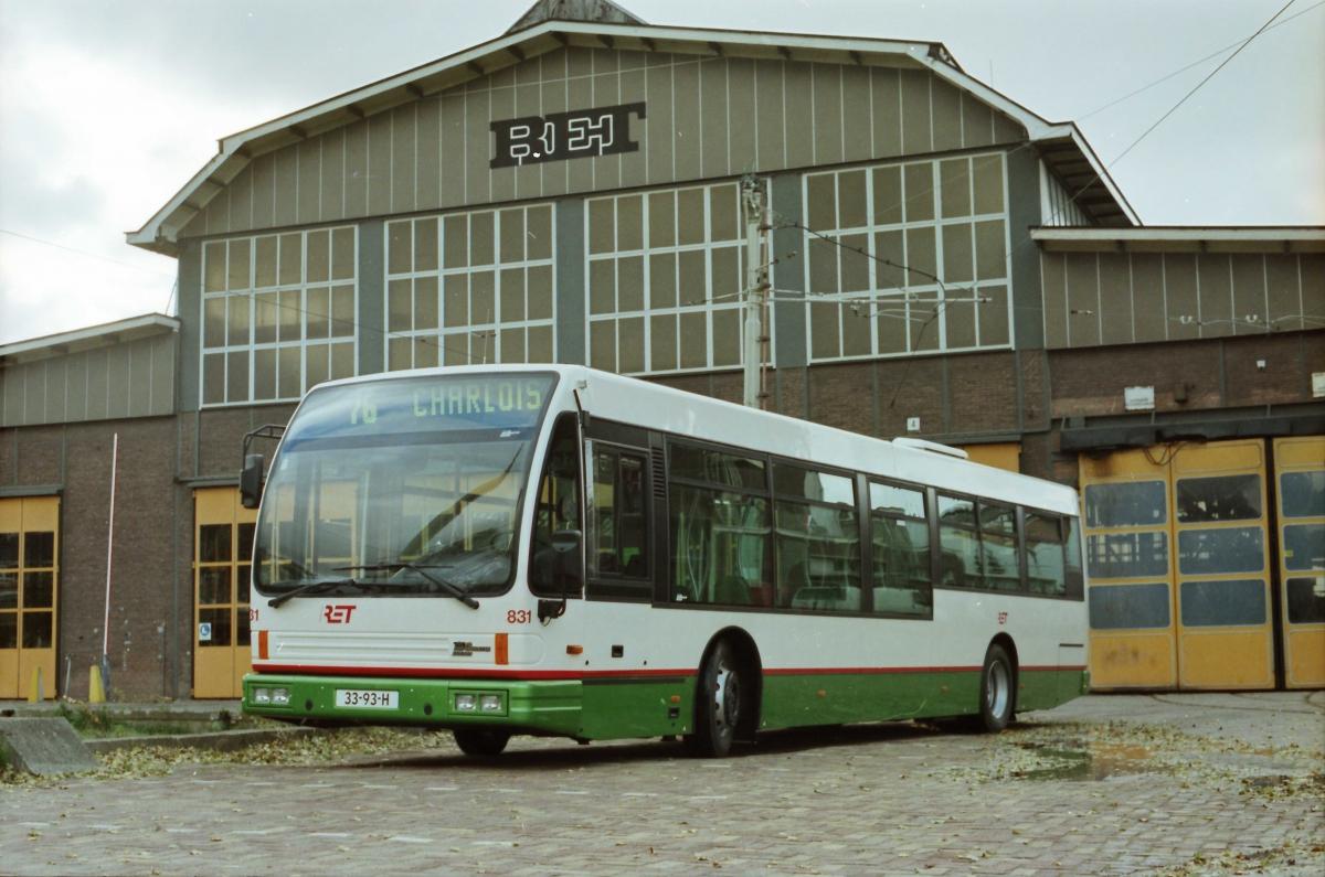 831-1 DAF-Den Oudsten -a
