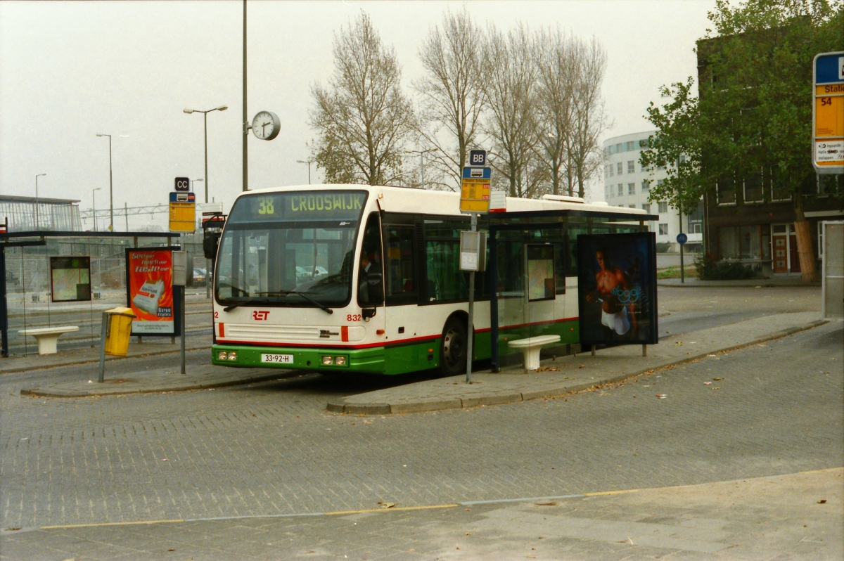832-12 DAF-Den Oudsten -a