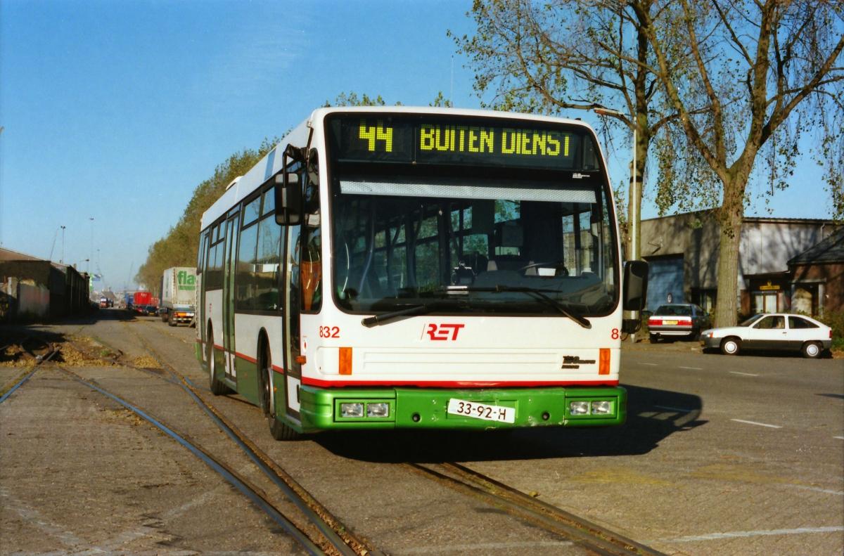 832-14 DAF-Den Oudsten -a