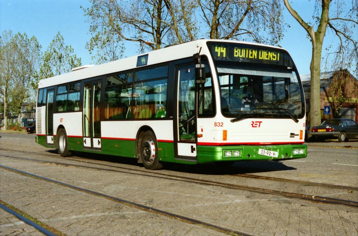 832-15 DAF-Den Oudsten -a