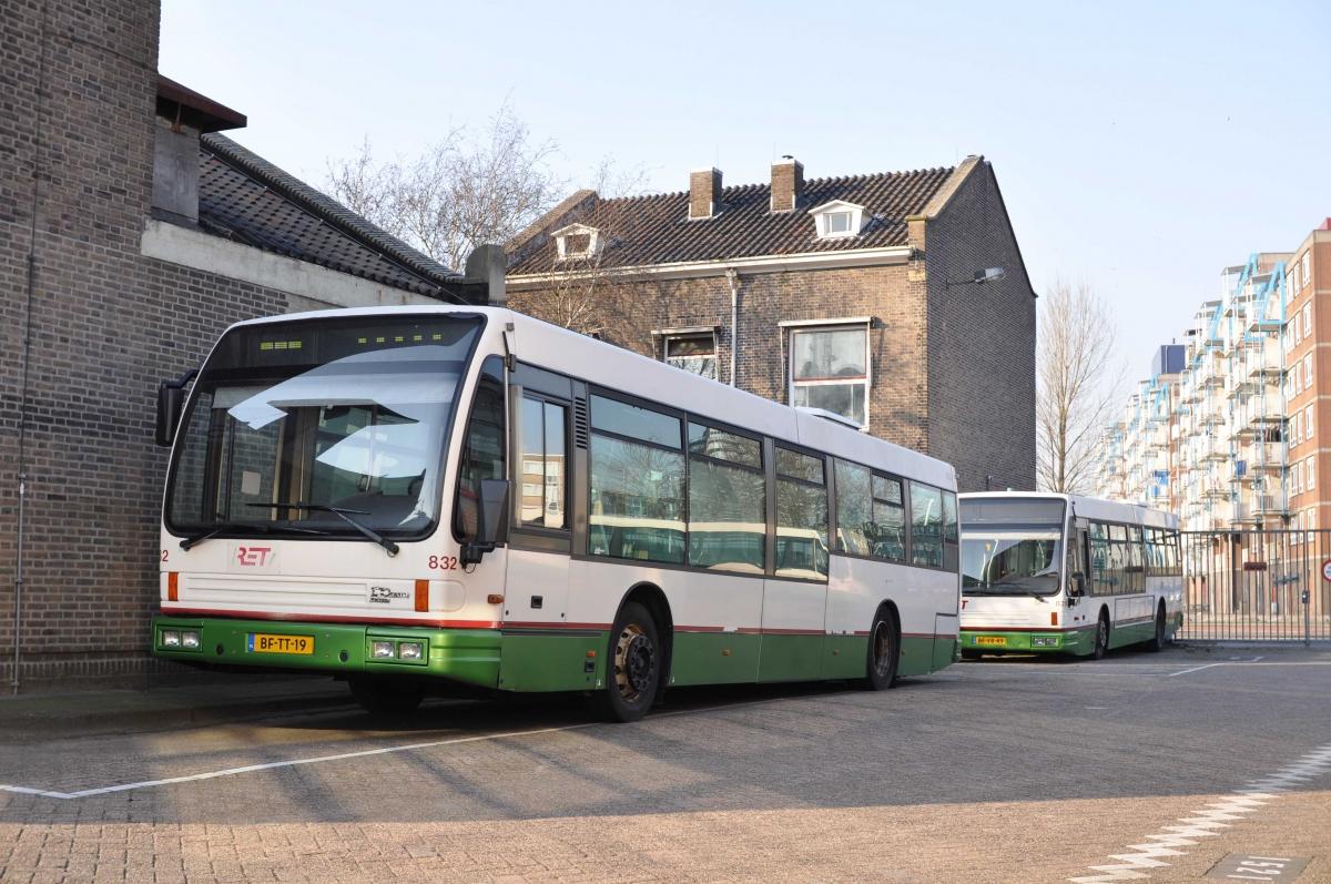 832-5 DAF-Den Oudsten -a