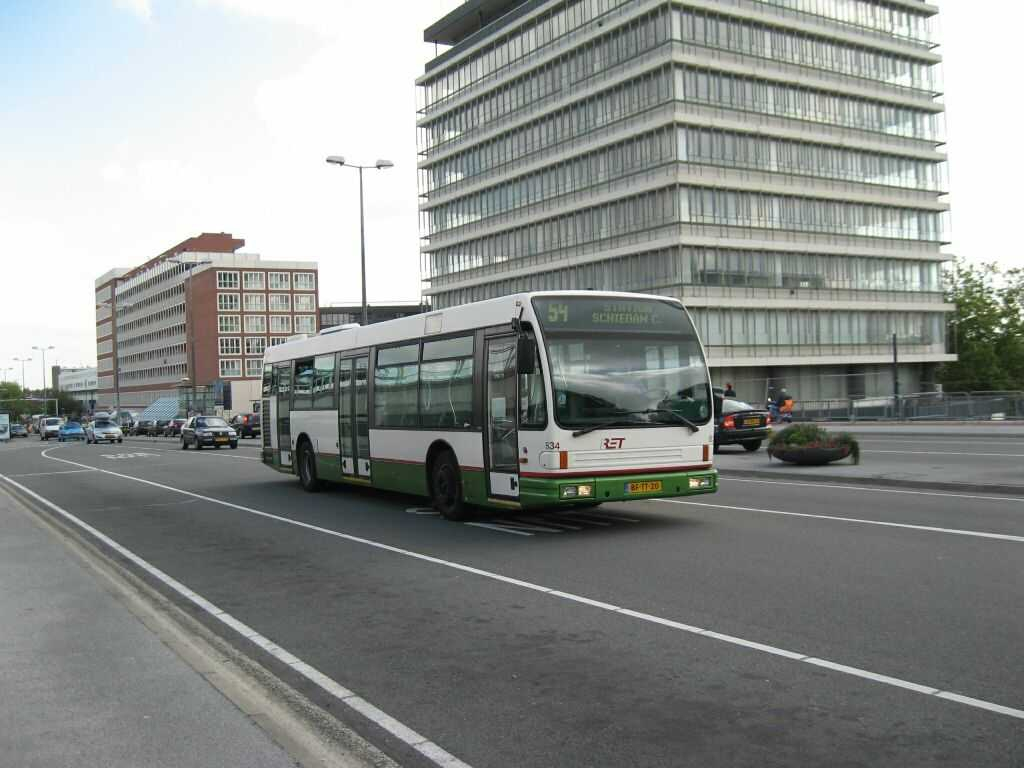 834-2 DAF-Den Oudsten -a