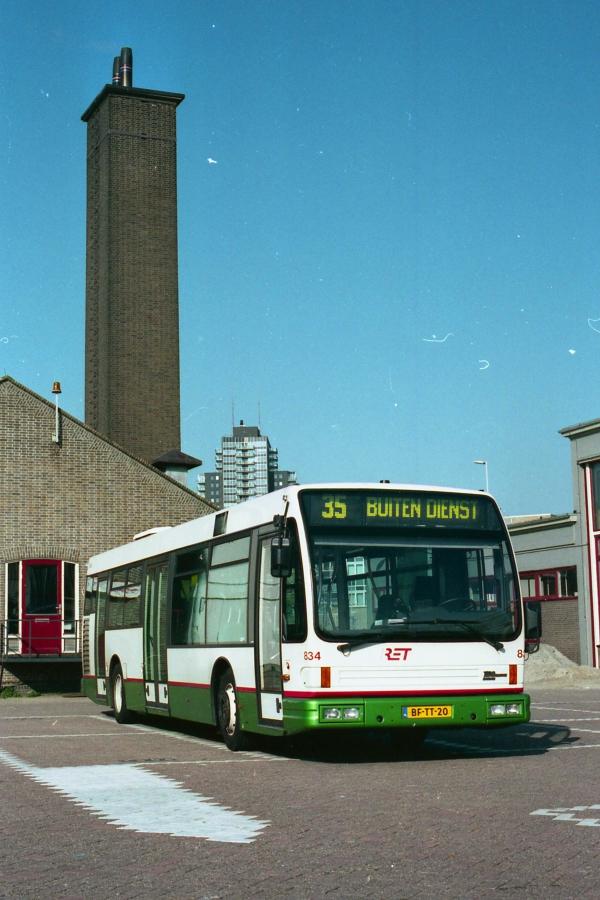 834-3 DAF-Den Oudsten -a