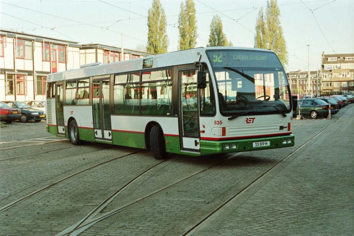 835-6 DAF-Den Oudsten -a