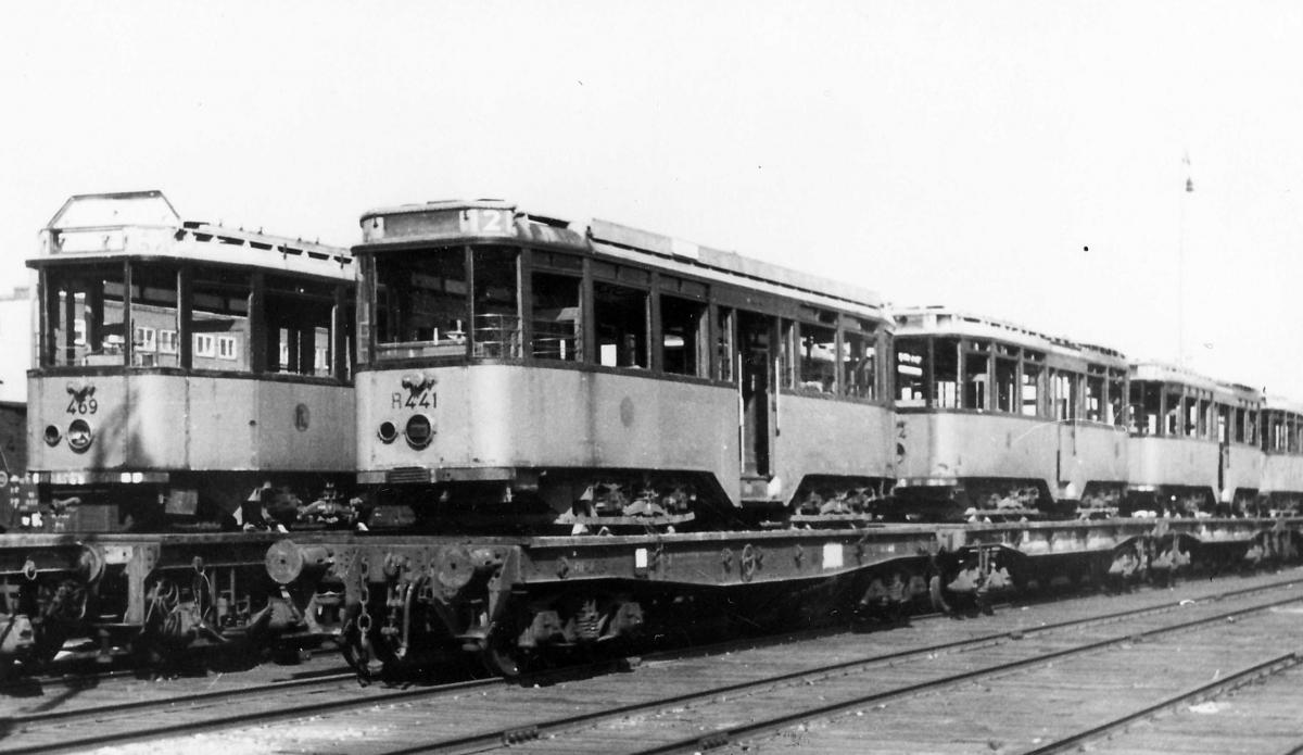 441-V-203a