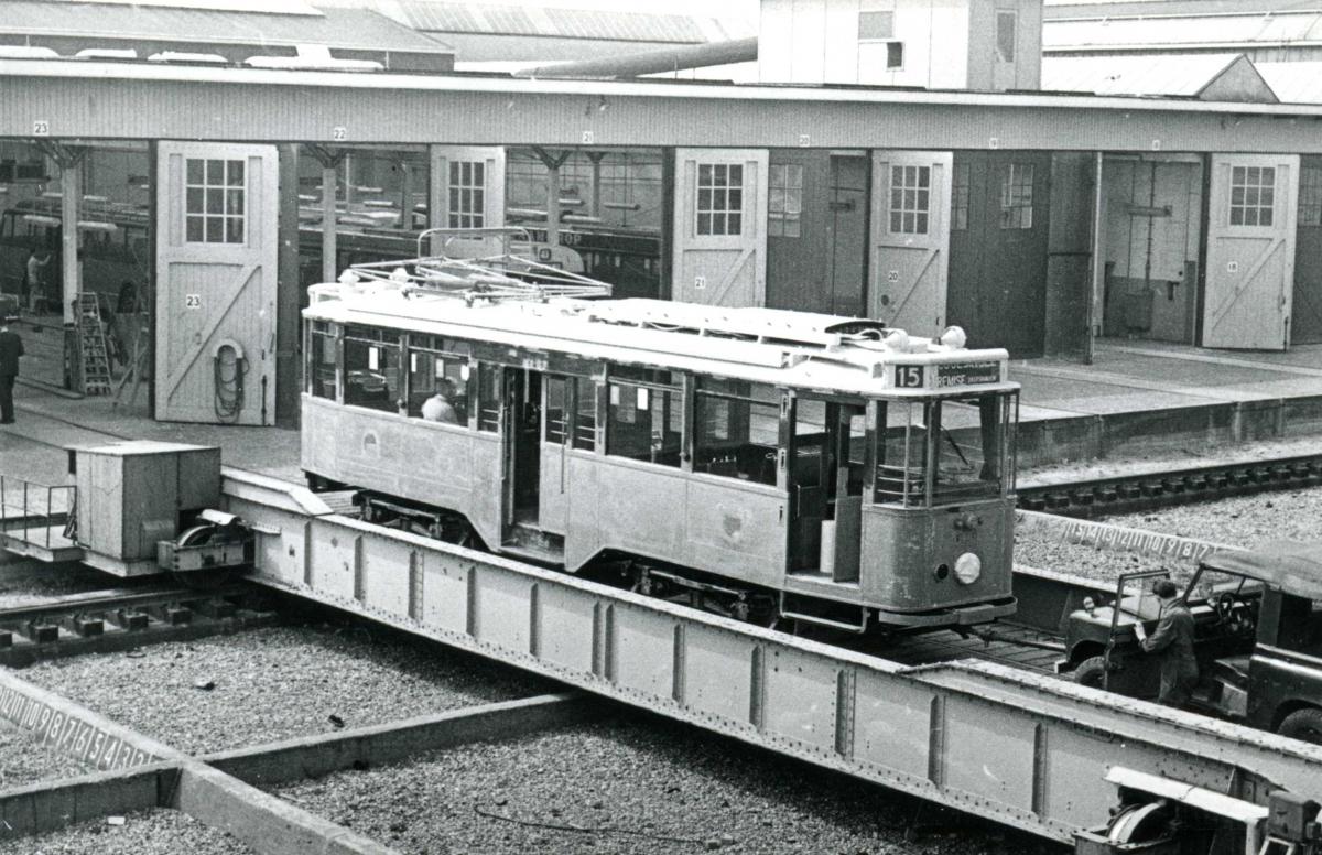 515-V-439a