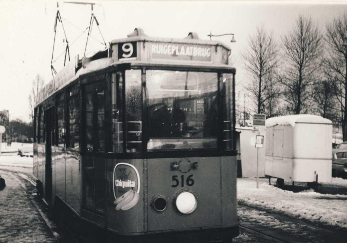 516-V-469a