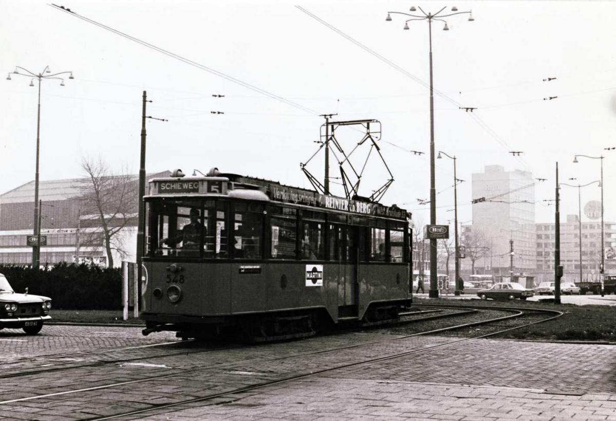 548-V-429a