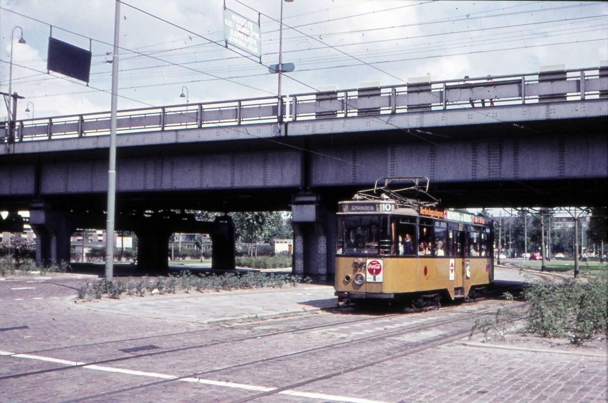 557-V-401a