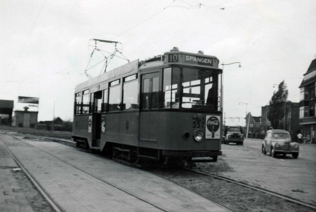 557-V-403a
