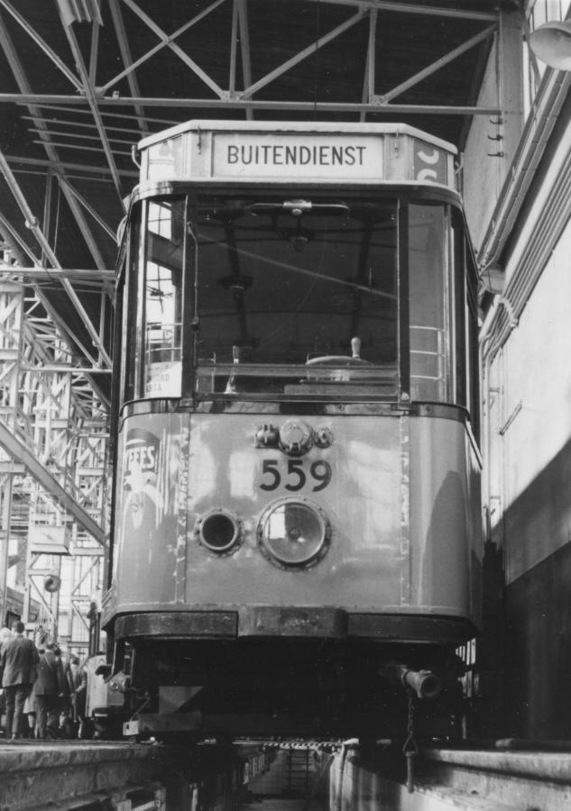 559-V-412a