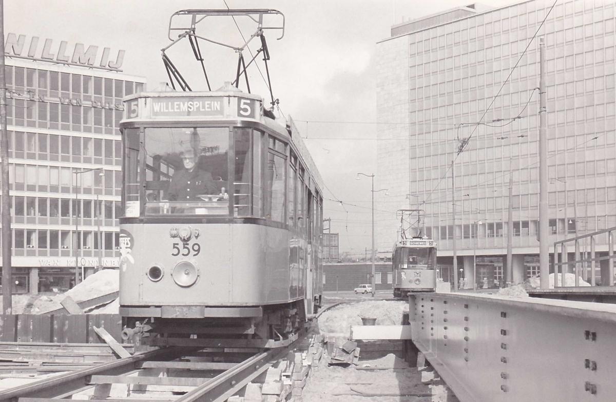 559-V-416a