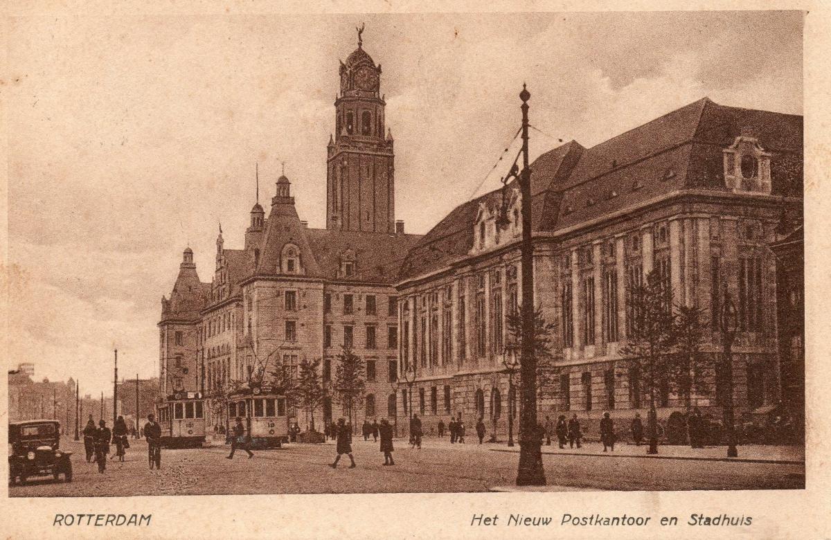 1913a