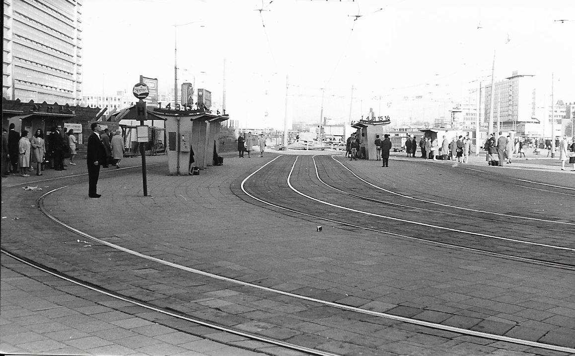 Centraal Station 1967-1 -a