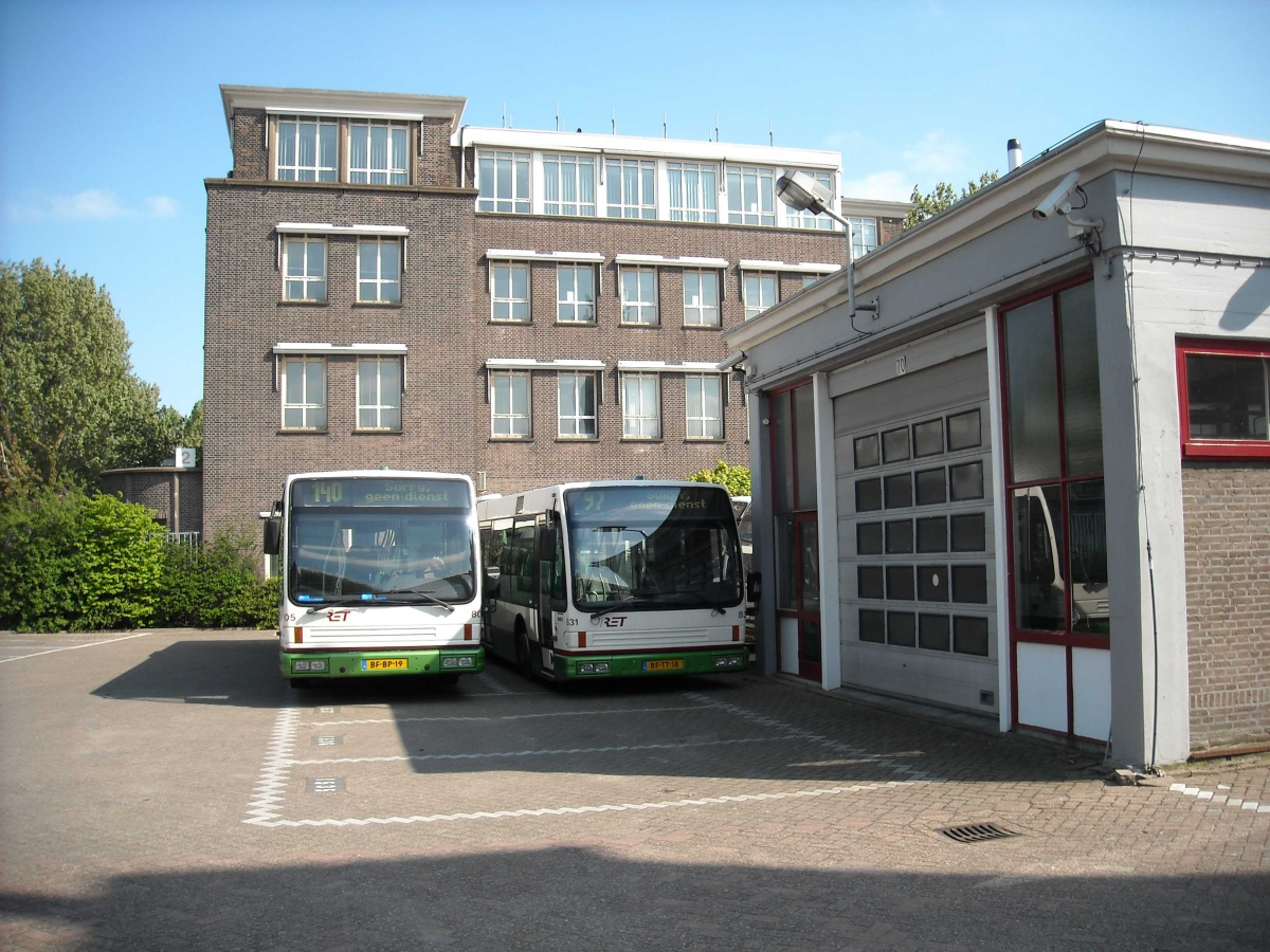 805-3 DAF-Den Oudsten -a