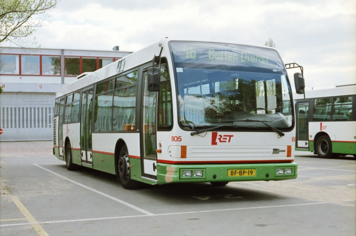 805-8 DAF-Den Oudsten -a