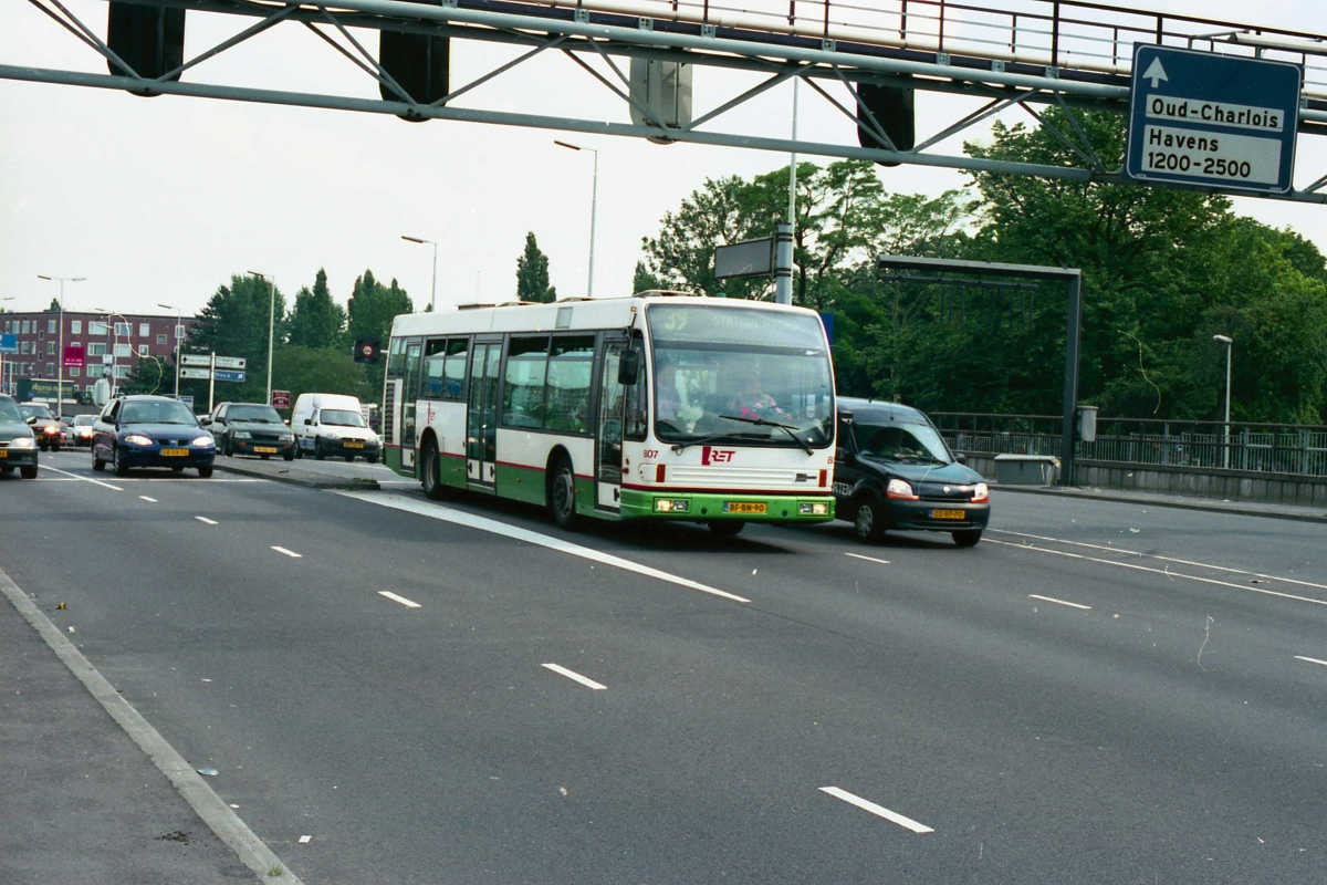 807-6 DAF-Den Oudsten -a