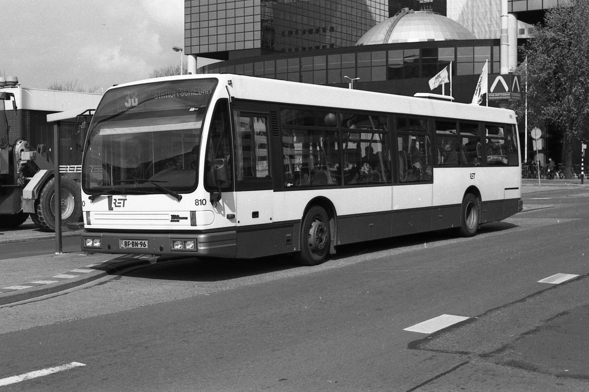 810-3 DAF-Den Oudsten -a