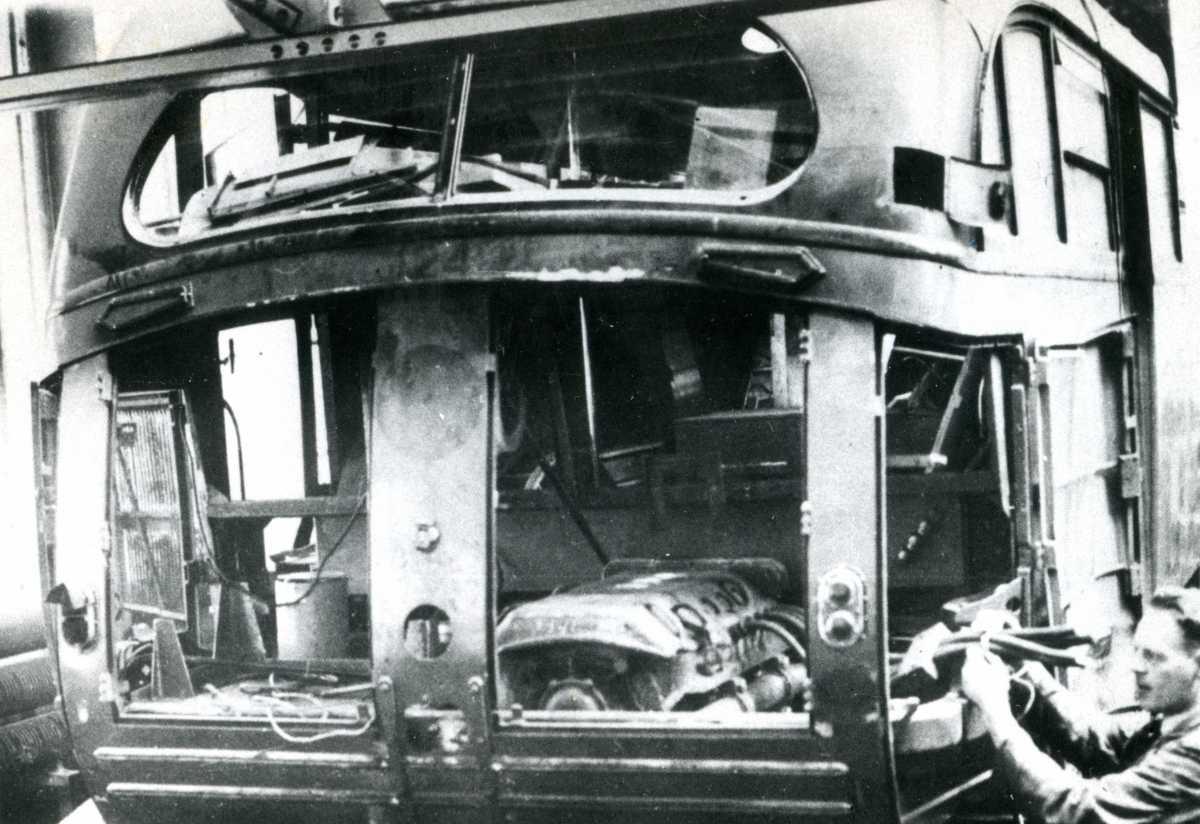 124-1-Kromhout-Trolley