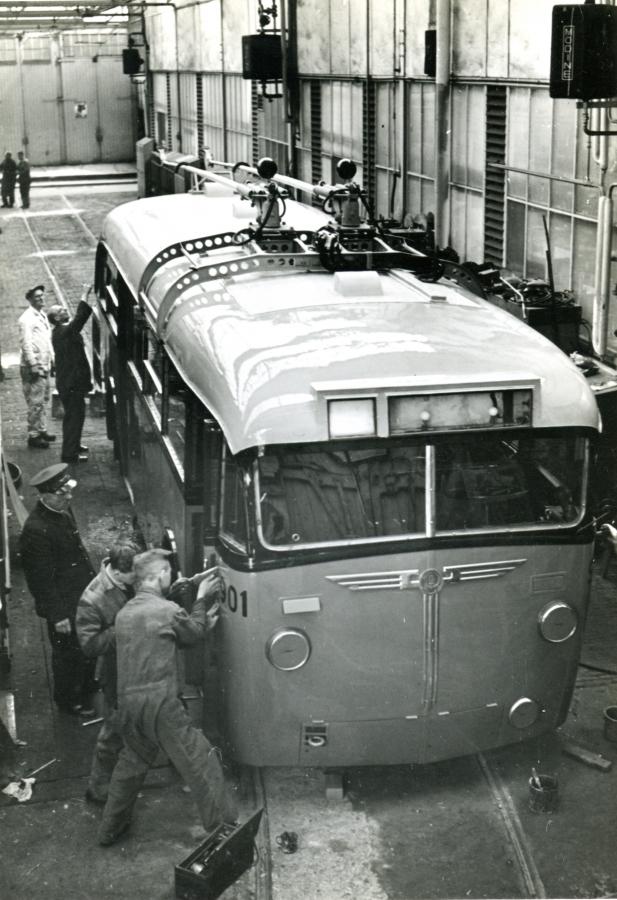 901-6-Kromhout-Trolley