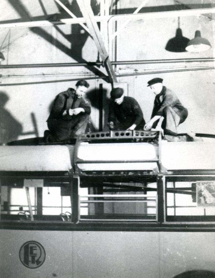 901-8-Kromhout-Trolley