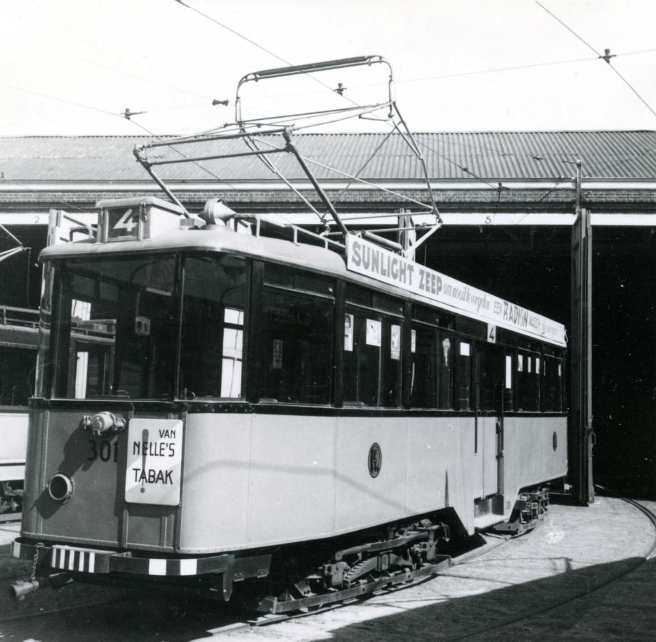 301-1RV-104a