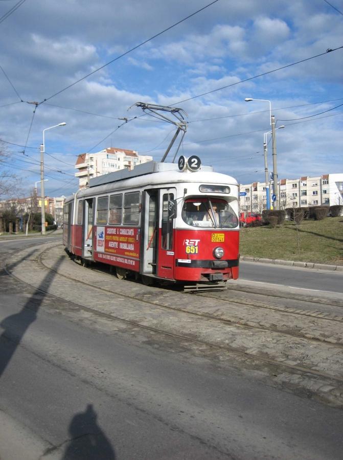 651-4 -a