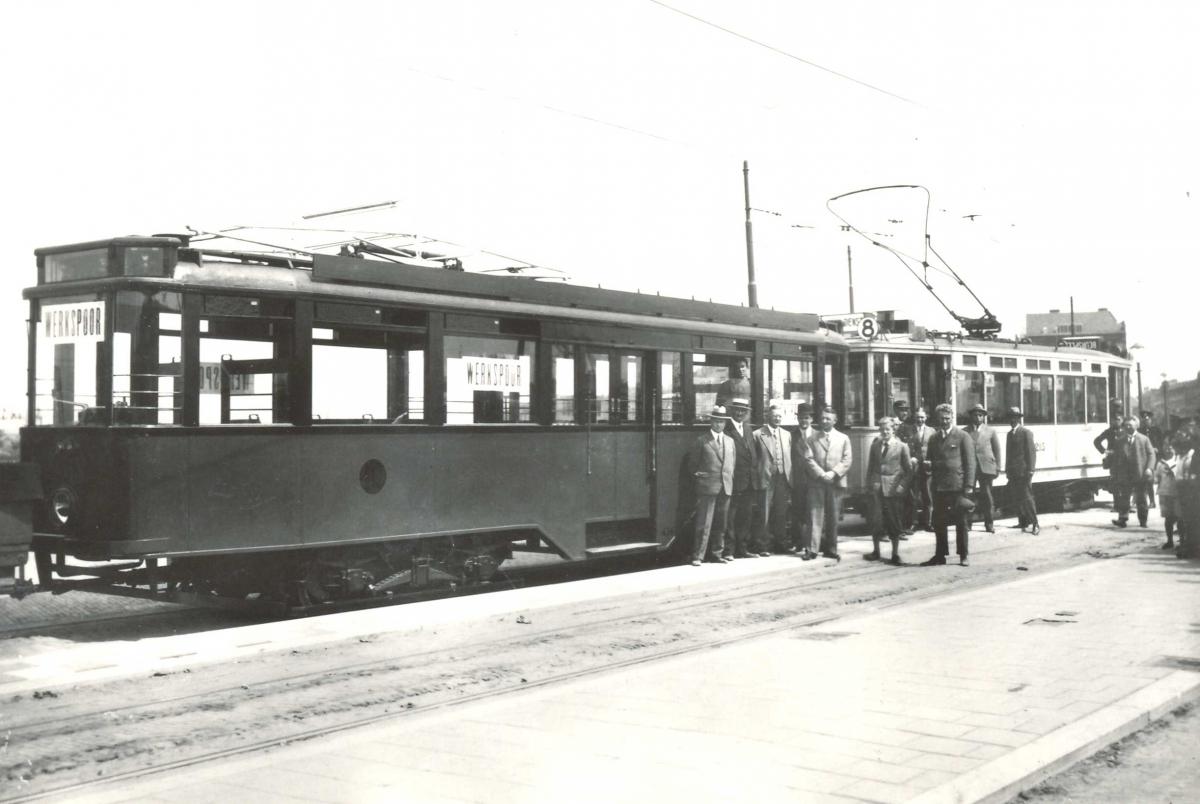 436-V-104a