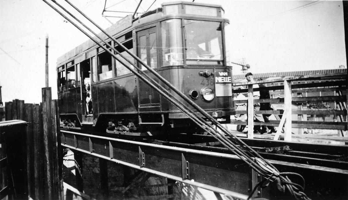 438-V-101a