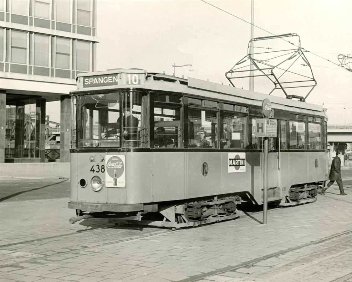 438-V-414a