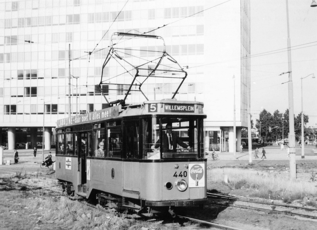 440-V-415a