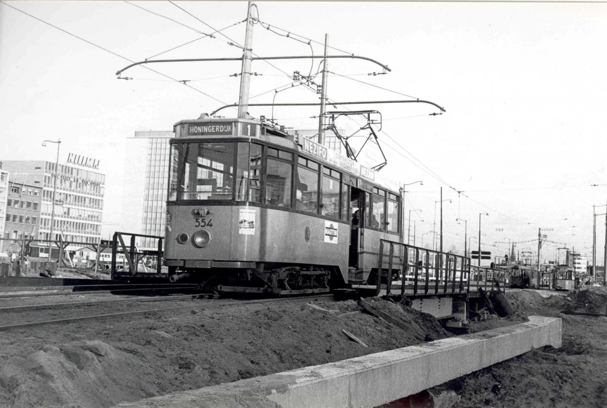 554-V-413a