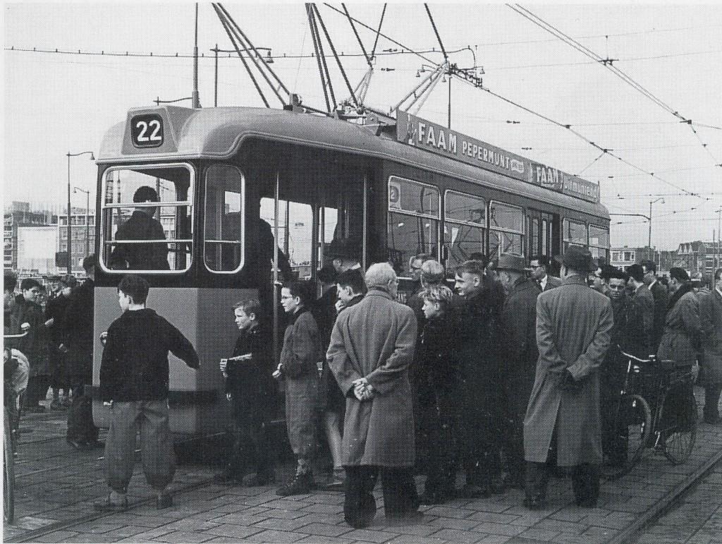 Motorrijtuig 1,  ingebruikname nieuwe Schindlers, Coolsingel, 8-12-1956
