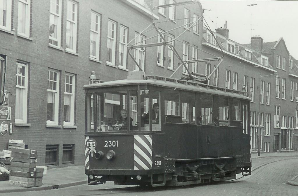 Railslijpwagen 2301, Willem van Hillegaersbergstraat, 12-10-1965