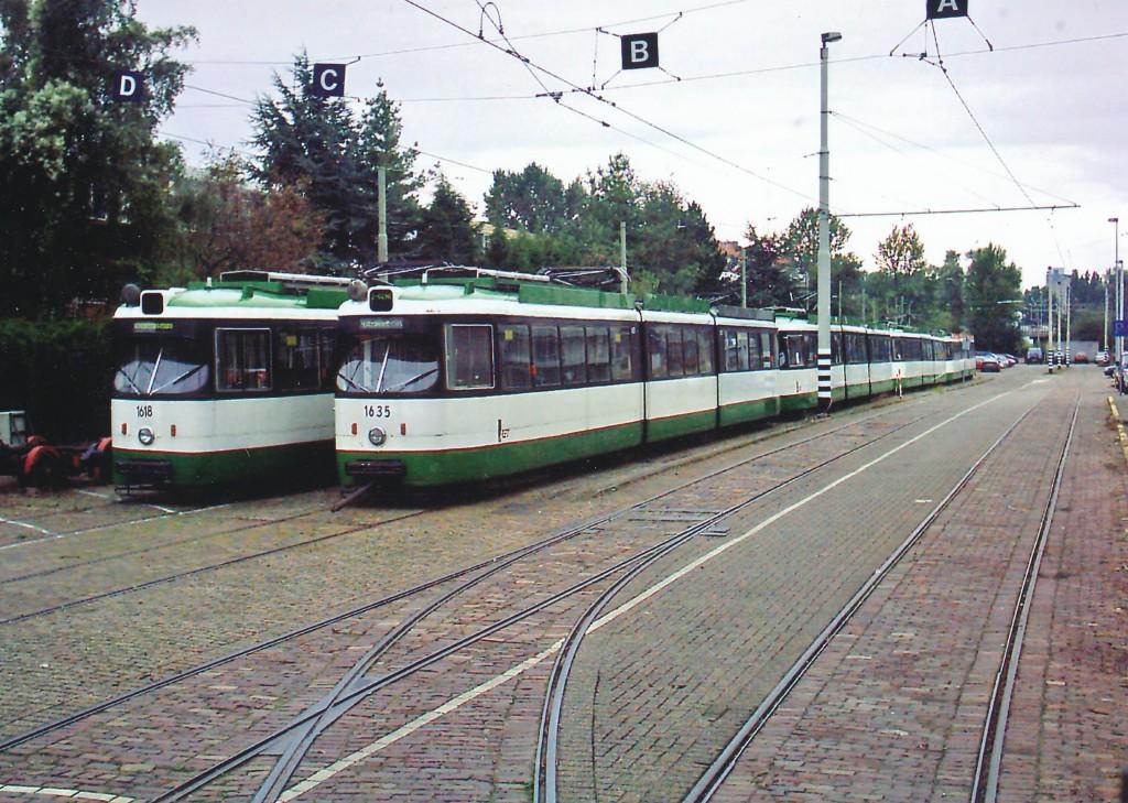 Motorrijtuig 1618, 1635 e.a. opstelterrein CW Kleiweg, 23-8-2004