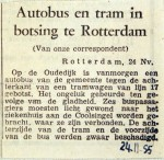 19551124 Autobus en tram botsen Oudedijk